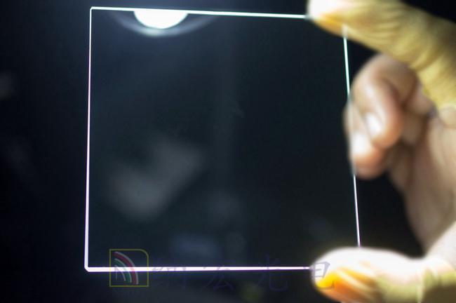 减少反射滤光片实物图